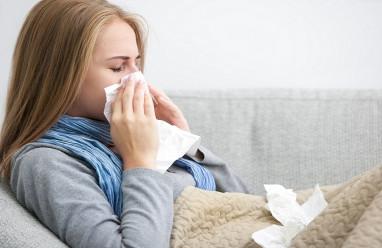 chậm kinh, thử que, cúm A, kiểm tra, kết quả, dương tính, đau rát họng, sổ mũi, siêu âm ổ bụng, nghi ngờ có thai, ảnh hưởng, thai nhi, cuasotinhyeu