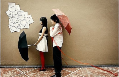 tỏ tình, tặng quà, vui vẻ, từ chối, theo đuổi, nhắn tin, nhàm chán