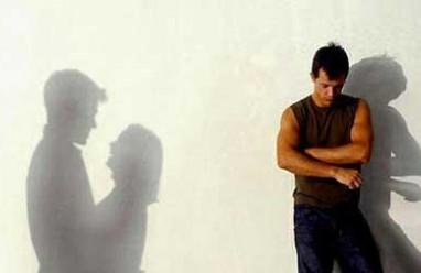 đi làm xa, vợ ngoại tình, tha thứ, ám ảnh, bế tắc, cửa sổ tình yêu