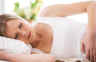 """Đau bụng, buồn nôn sau khi """"yêu"""" có phải là dấu hiệu có thai không ?"""