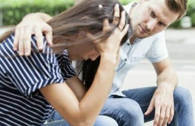 lo lắng, quan hệ trước hôn nhân, đụng chạm cơ thể, sợ bị đánh giá, tình dục trước hôn nhân
