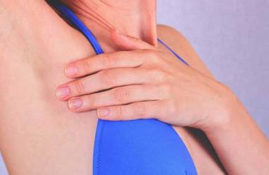 Hạch nổi ở nách là dấu hiệu của bệnh lý nào ?