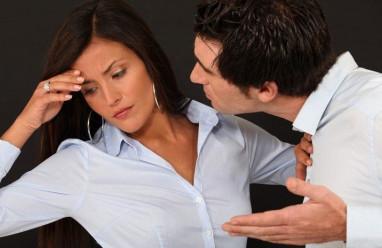 chưa ly hôn, yêu người có con riêng, lừa dối, qua lại với người cũ