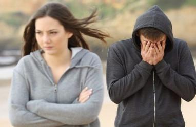 nhất định chia tay, xúc phạm, không an toàn, chê bạn gái, nuối tiếc