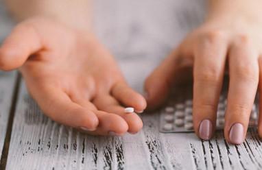 Chưa có kinh sau sinh có nên uống thuốc tránh thai?