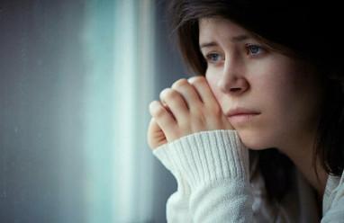 tuổi dậy thì, cha mẹ miệt thị, buông lời phũ phàng, chán nản, không muốn sống chung