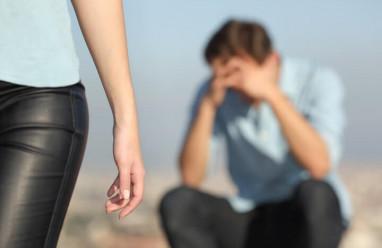 trách móc, thiếu quan tâm, chưa sẵn sàng yêu, chia tay, cắt đứt liên lạc
