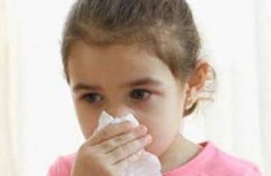 trẻ nhỏ, viêm mũi dị ứng, viêm mũi, hắt hỏi lien tục, sổ mũi