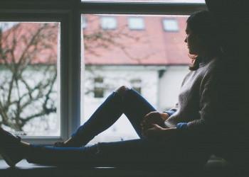 cửa sổ tình yêu, phản đối, ngăn cản, chia tay, hợp tuổi, khắc tuổi, bạn trai, gia đình, như phim, sốc.