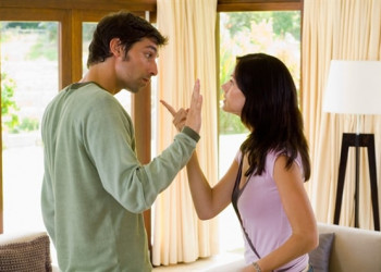 ly hôn, mâu thẫn vợ chồng, giải quyết mâu thuẫn, chồng nói 1, vợ nói 10.