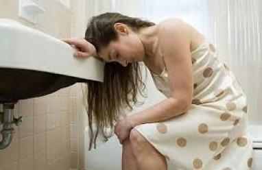 ra máu khi mang thai, ra máu âm đạo, ra máu báo, ra máu do hửa trứng, chửa ngoài tử cung gây ra máu, sảy thai, sinh non, xử trí khi ra máu, phòng ra máu khi mang thai