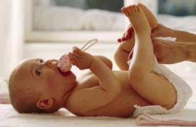 trẻ sơ sinh, vàng da, vàng da bệnh lý, vàng da sinh lý