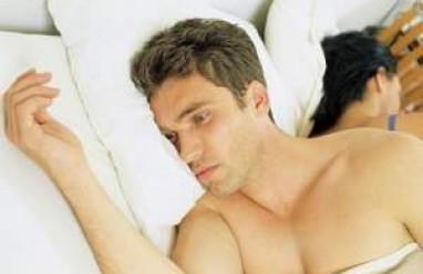 vô sinh nam, tinh trùng ít, khả năng sản sinh tinh trùng, tinh hoàn, môi trường nóng, căng thẳng tâm lý
