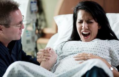 chuyển dạ sinh thường, cơn co tử cung, cơn co tử cung tăng, cơn co tử cung giảm, chuyển dạ, sinh khó, khó sinh, chuyển mổ lấy thai