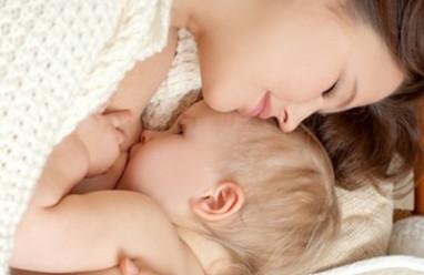 Duy trì nguồn sữa mẹ, lợi sữa, cho con bú đêm, dinh dưỡng từ sữa mẹ, nuôi con bằng sữa mẹ, cho con bú thường xuyên, lợi ích của sữa mẹ, tăng cường sức đề kháng