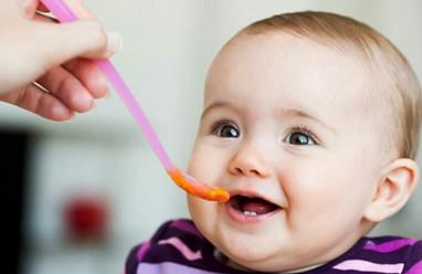 phối hợp thức ăn, thức ăn cho trẻ, cho bé ăn