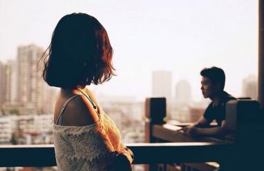 cửa sổ tình yêu, người yêu, chia tay, yêu xa, bố mẹ, không đồng ý, già.