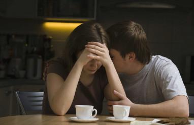 cửa sổ tình yêu, vợ chồng, ngoại tình, ông ăn chả, bà ăn nem, con cái, ly hôn.