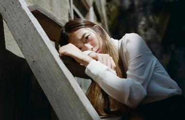 cửa sổ tình yêu, chia tay, 10 năm, làm gì, một gia đình, hạnh phúc, đám cưới, tai nạn, bình phục.