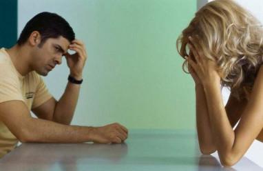 cửa sổ tình yêu, chồng nợ nần chồng chất, chúa chổm, chồng nói dối, vay lãi liên đới, ly hôn