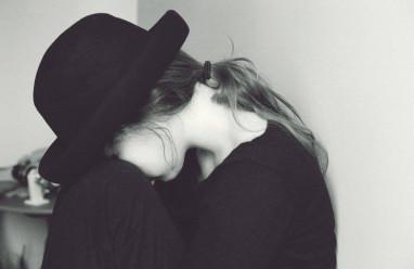 dằn vặt, trách móc, ứng xử phù hợp, hy vọng, nuối tiếc, hối hận, cửa sổ tình yêu
