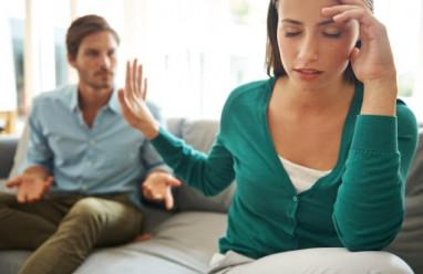 bố mẹ cãi vã, bố không phải đàn ông, chán nản, bố đồng tính, chấp nhặt, nhỏ nhen