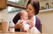 trẻ bỏ bú mẹ, chăm sóc trẻ sơ sinh