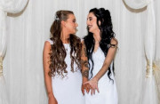 Hai cô gái đầu tiên kết hôn đồng giới ở Bắc Ireland