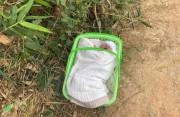 Vụ bé trai sơ sinh bị bỏ rơi ngày giá rét: Bức thư trong chiếc làn nhựa viết gì?