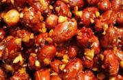 """Cách làm đậu phộng rang mắm đường tỏi ớt ngon """"bá cháy"""""""
