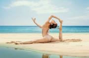 Người đẹp Yoga mê mẩn xoạc chân như Phương Trinh Jolie: Phải chịu đựng ra sao?