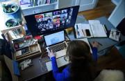 Cách chăm sóc mắt khi làm việc trực tuyến