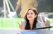 Tuyệt chiêu giữ làn da em bé ở tuổi 40 của Jang Na Ra