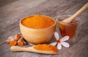 5 công thức cải thiện làn da với mật ong