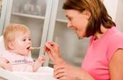 dinh dưỡng cho trẻ, bé từ 7-12 tháng, nuôi con