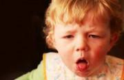 viêm phổi ở trẻ, bé bị ho, viêm phế quản, bệnh hen, bé sổ mũi, bệnh hô hấp ở trẻ