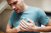 Nữ hóa tuyến vú ở nam giới (phì đại tuyến vú): Nguyên nhân và cách điều trị