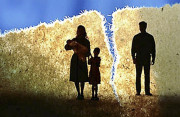 cửa sổ tình yêu, hôn nhân tan vỡ, chia tay, chấm dứt hôn nhân, đã ký đơn ly dị, con cái còn nhỏ, tổn thương.