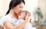 sau sinh, sinh thường, sản dịch, kéo dài, mùi hôi, đau bụng, siêu âm, buồng tử cung, nốt tăng âm, cuasotinhyeu