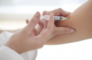 tiêm thuốc tránh thai, xuất hiện, đốm máu nâu, lo lắng, ra máu bất thường, cuasotinhyeu
