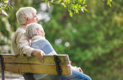 cua so tinh yeu, tình cảm, nối lại, tình yêu, già cả, có gia đình, chấp nhận, con cái.