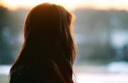 cửa sổ tình yêu, gia đình, ngăn cản, chia tay, yêu nhau, giới thiệu, thay đổi, bảo vệ.