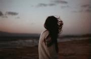 kỉ vật của vợ, người thay thế, Lựa chọn người yêu, Lo lắng tình yêu.