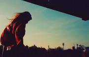 cửa sổ tình yêu, bạn trai lạnh nhạt, im lặng trong tình yêu, rạn nứt tình cảm, bạn trai vô tâm.