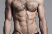 17 tuổi, nam giới, nữ giới, dậy thì, nhiều lông, dưới ngực, xương sườn, di truyền, nội tiết tố, cuasotinhyeu