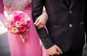 song thai, đàn ông có vợ, bỏ hay giữ, kinh tế không ổn định, chưa ly hôn