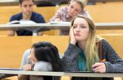 sinh viên, năm cuối, thực tập, chán học, muốn bỏ, phản đối, muốn bỏ học khi đã sắp tốt nghiệp