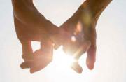 Tình yêu có bền khi còn phải mang cả gánh nặng của gia đình