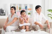 bố mẹ cãi nhau, con cái ảnh hưởng, buồn chuyện gia đình, bố ghen tuông, chửi mẹ