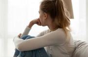 Nữ bị trao đổi NST cân bằng có thể có con được không ?